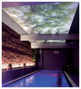 Spanndecke mit Fotomotiv, Swimmingpool, Belgien, Clipso