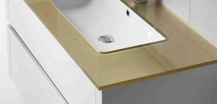 Italienisches Badmöbel in weiß und gold mit Glaswaschtisch
