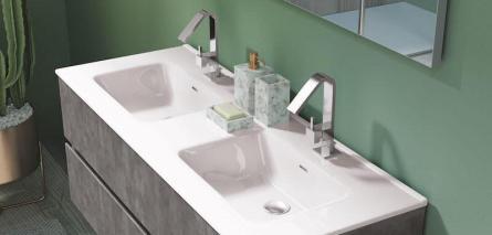 Badezimmermöbel nach Maß mit Doppelwaschtisch in Halle Saale