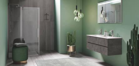 Italienisches Badmöbel in Betonoktik und ebenerdige Dusche, Wandanstrich grün