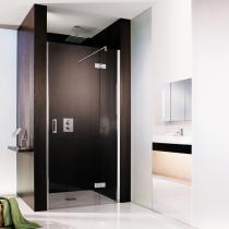 Duschsanierung: Glasdusche als Nischenlösung mit Pendelscharnieren