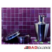 Seifenspender und Seifenschalen in Edelstahl (Beispielfoto für Badaccessoires aus unserer Badausstellung)