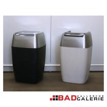 Eckiger Badeimer / Kosmetikeimer in matt weiß oder matt schwarz (Beispielfoto für Badaccessoires aus unserer Badausstellung)