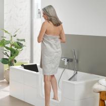 Beispielfoto für Badewanne mit Tür © Artweger